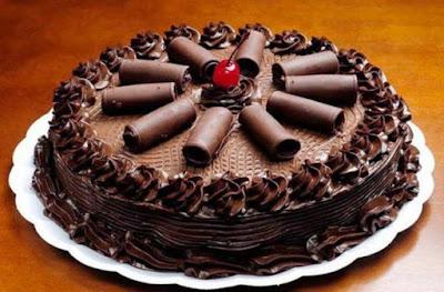 Resultado de imagen para pastel de chocolate decorado