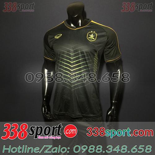 Áo bóng đá màu đen
