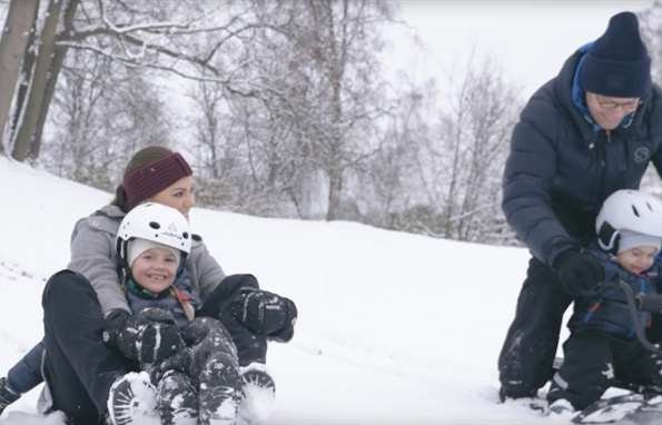 Crown Princess Victoria, Prince Daniel and their children Princess Estelle and Prince Oscar 2017 Christmas video