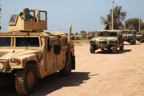 """القوات المسلحة تدمّر آليات """"البوليساريو"""" بصواريخ مضادة للدروع"""