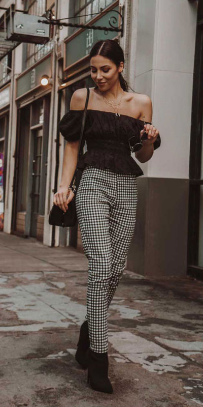 Looking forward to walking your workspace with style? Check out these 24 Stylish Summer Work Outfits for Women that are Office-friendly. Work Wear via higiggle.com #summeroutfits #office #workoutfits