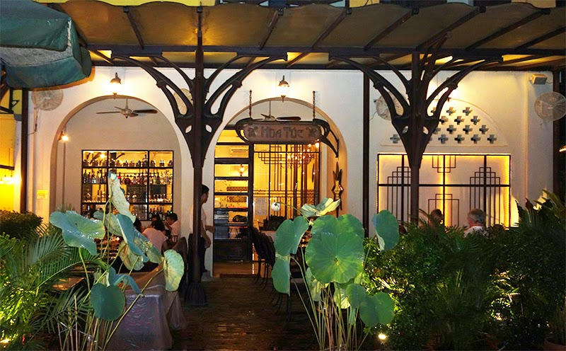 decoration restaurant annees 30 colonial