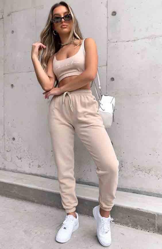 8 ideias de looks estilosos com calça de moletom