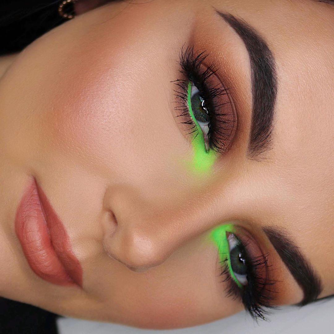 Maquiagem sombra verde limão carnaval