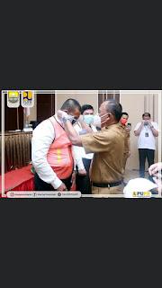 Kadis PUPR Provinsi Jambi Secara Resmi Membuka Pelatihan, Pembekalan Dan Fasilitasi Uji Kompetensi TKK Bagi Ahli Madya K3 Dan Ahli Muda Jembatan.