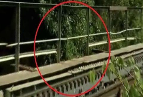Σπαράζει καρδιές: Το συγκλονιστικό αντίο οικογένειας του 9χρονου που ξεψύχησε στο φαράγγι του Βουραϊκού!