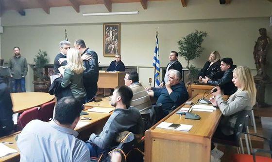 Γιάννης Αποστόλου - Καταδικάζει ανάρμοστες συμπεριφορές στο χώρο του Δημοτικού Συμβουλίου (Δελτίο Τύπου)