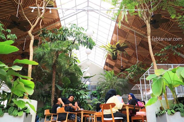 jardin cafe bandung, rara febtarina, blogger bandung, febtarinar.com,