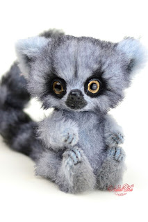 Artist teddy ooak handmade ring tailed lemur, artist lemur, teddy lemur, artist teddy bear buy, NatalKa Creations, teddies with charm, Teddy Lemur, Teddy, Teddybär kaufen, Teddy Unikat, Clemens Spieltiere, ooak artist toys