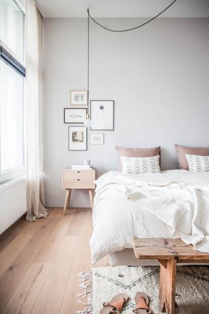 Романтичный минимализм скандинавской спальни от Holly Marder
