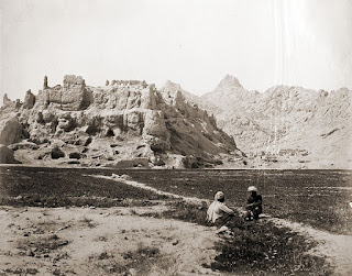 Ruins of old Kandahar Citadel ca 1881 - taken by Benjamin Simpson (from Wikipedia entry on Benjamin Simpson)