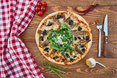 Summer Girl Scout Meeting Ideas-Pizza Party