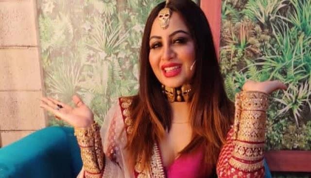Arshi Khan Spills The Beans About Rubina And Abhinav