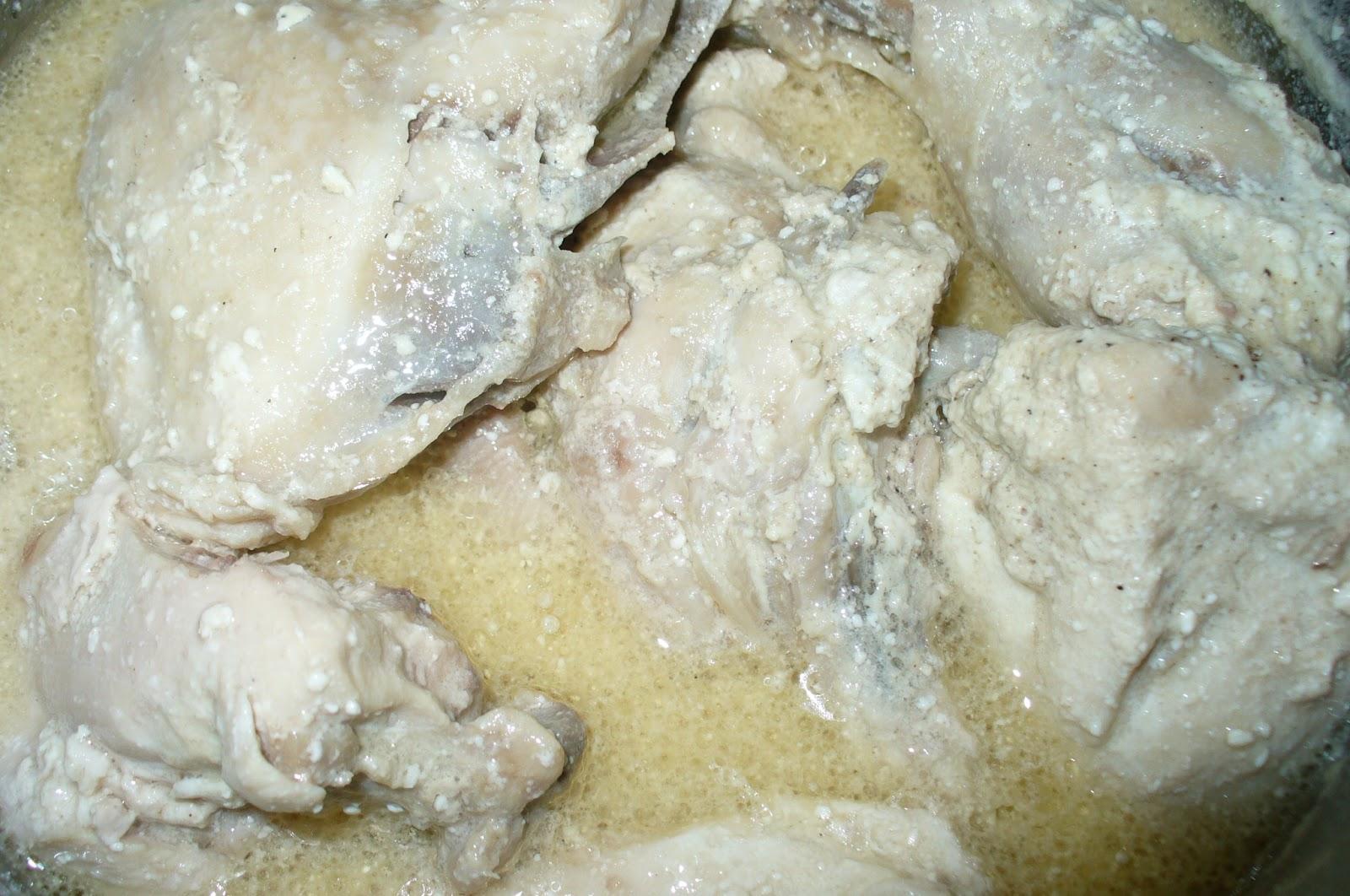 курица тушеная в сметане готовая