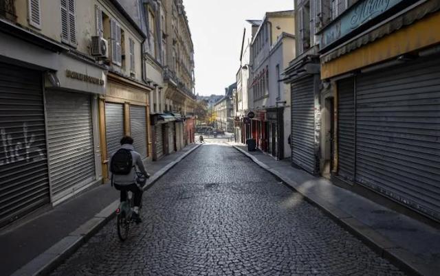 Francia dará primas a los que desguacen un coche para comprar una bicicleta