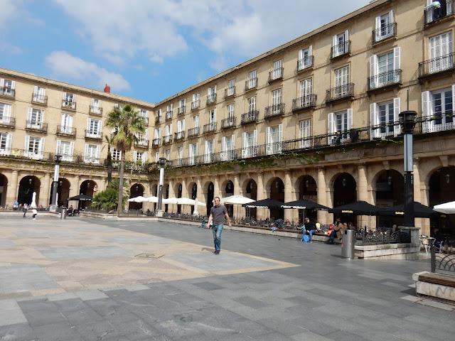 Plaza Nueva, Bilbao, España, Elisa N, Blog de Viajes, Lifestyle, Travel
