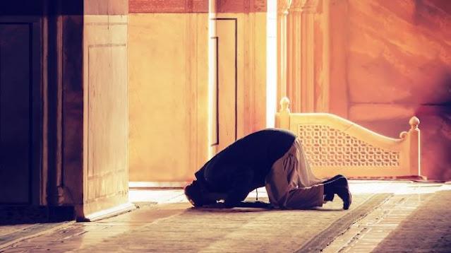 Hukum Murtad Lalu Masuk Islam Lagi Menurut Imam Syafi'i, Hanafi dan Maliki