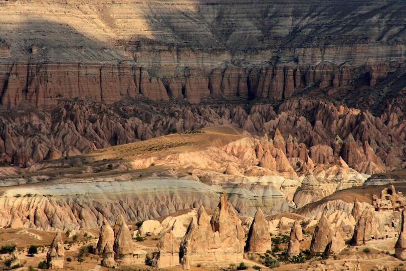تكوينات صخرية مميزة حول العالم