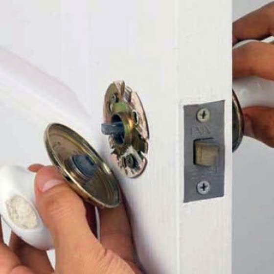 How to Remove Door Handle from Old House