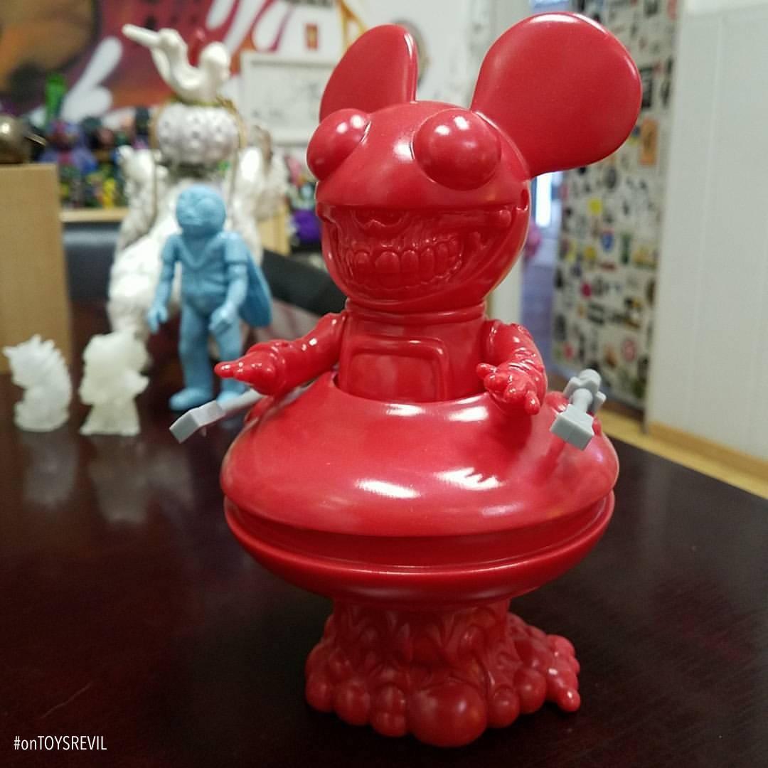 DEADMAU5 GRIN by Deadmau5 x Ron English x Toy Art Gallery
