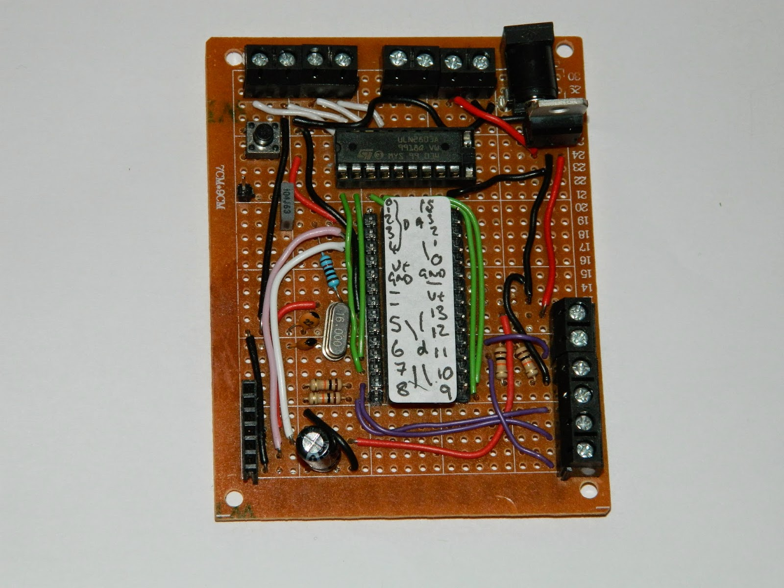 Understanding A Circuit Label In Icsp Programmer For Atmega