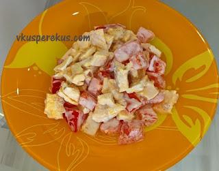 салат из яичного блинчика