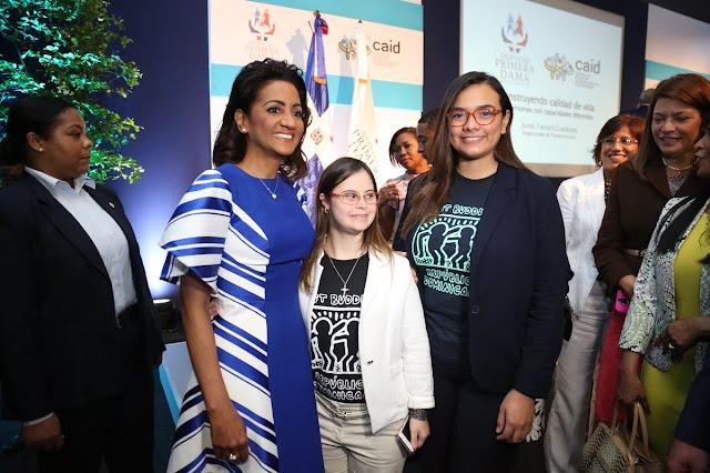 Despacho Primera Dama presenta conferencia calidad de vida personas con habilidades diferentes