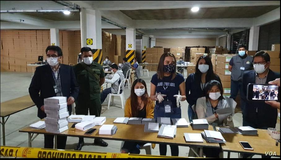 Las elecciones en Bolivia, previstas para el próximo 18 de octubre de 2020, son clave para la nación tras los comicios del pasado año, en los que hubo denuncias de fraude y provocó la renuncia del expresidente Evo Morales / VOA