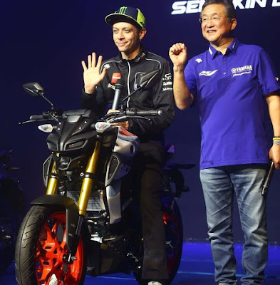 Valentino Rossi Suka Motor Yamaha Mt-15
