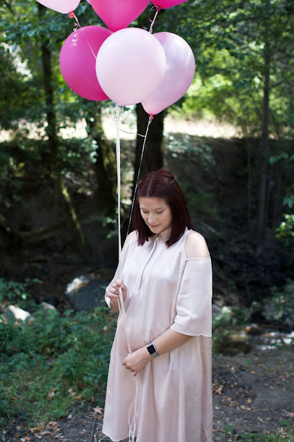 pink balloons, gender reveal, its a girl, fbloggers, fashion, maternity, pregnancy blog