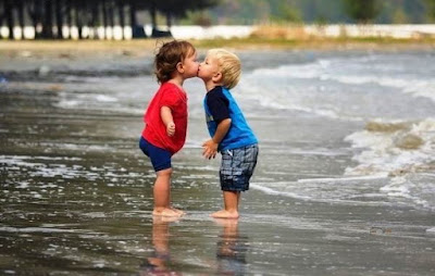Happy Kiss Day Images for Whatsapp Profile Pic