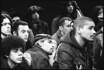 Momento reunión de bandas en el Bronx de 1971