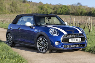 Mini Cooper S Convertible 25th Anniversary Edition (2018) Front Side