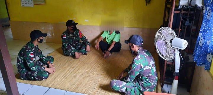 Satgas Pamtas RI-Malaysia Kembali Terima 1 Pucuk Senjata dari Warga