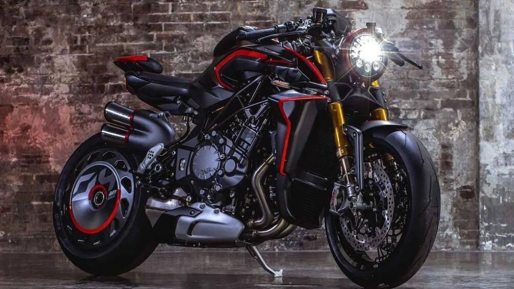 Siêu mô tô MV Agusta Rush 1000 có thiết kế cực dị, giá từ 966 triệu đồng
