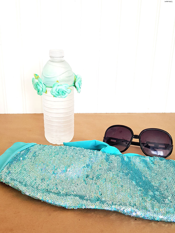Being pregnant during the summer can be a struggle, use these simple tips to make for a more cool & comfortable pregnancy, even when it's super hot outside! #TryDry