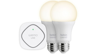 Focos inteligentes ilumina casa