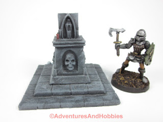 Rear of the 25-28mm scale Halloween scenery piece T1589.