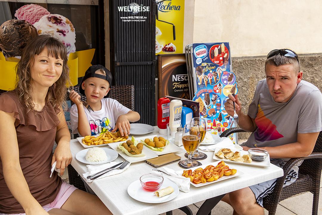 Festmahl in Campos Mallorca www.WELTREISE.tv