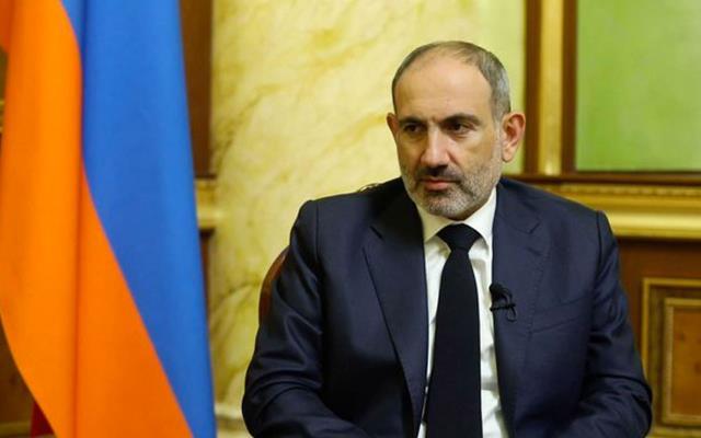 Ermeni başbakana ülkesinden darbe
