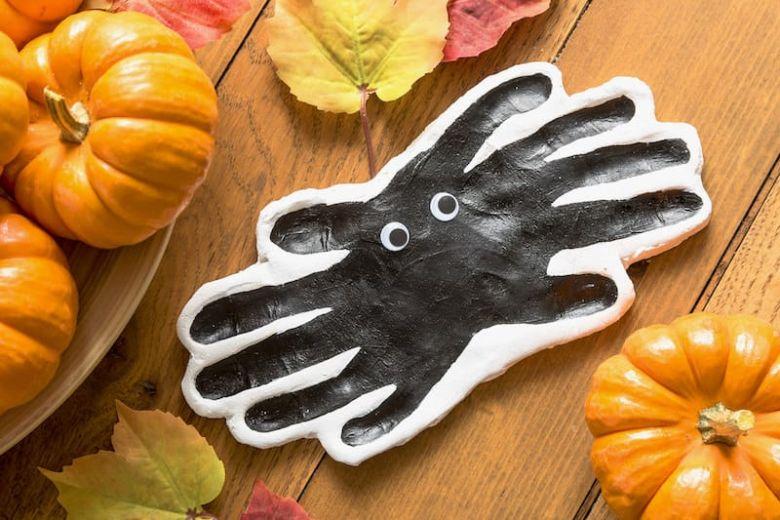 clay handprint spider craft