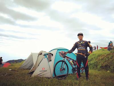 Gowes dan Camp ke Bukit Tranggulasih