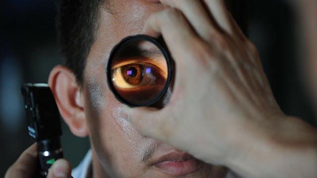 اصطناعي تجعلك أكثر العيون البشرية %D8%B9%D9%8A%D9%86+%