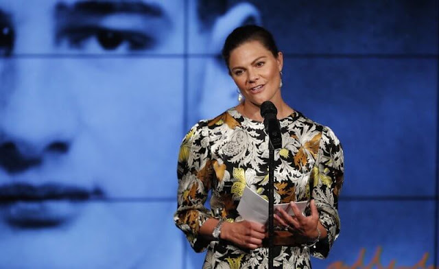 Crown Princess Victoria wore a new yellow dizzy dress by Rodebjer. Cravingfor Jewellery baroque pearl gold earrings