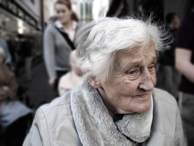 Cómo cuidar a una persona mayor
