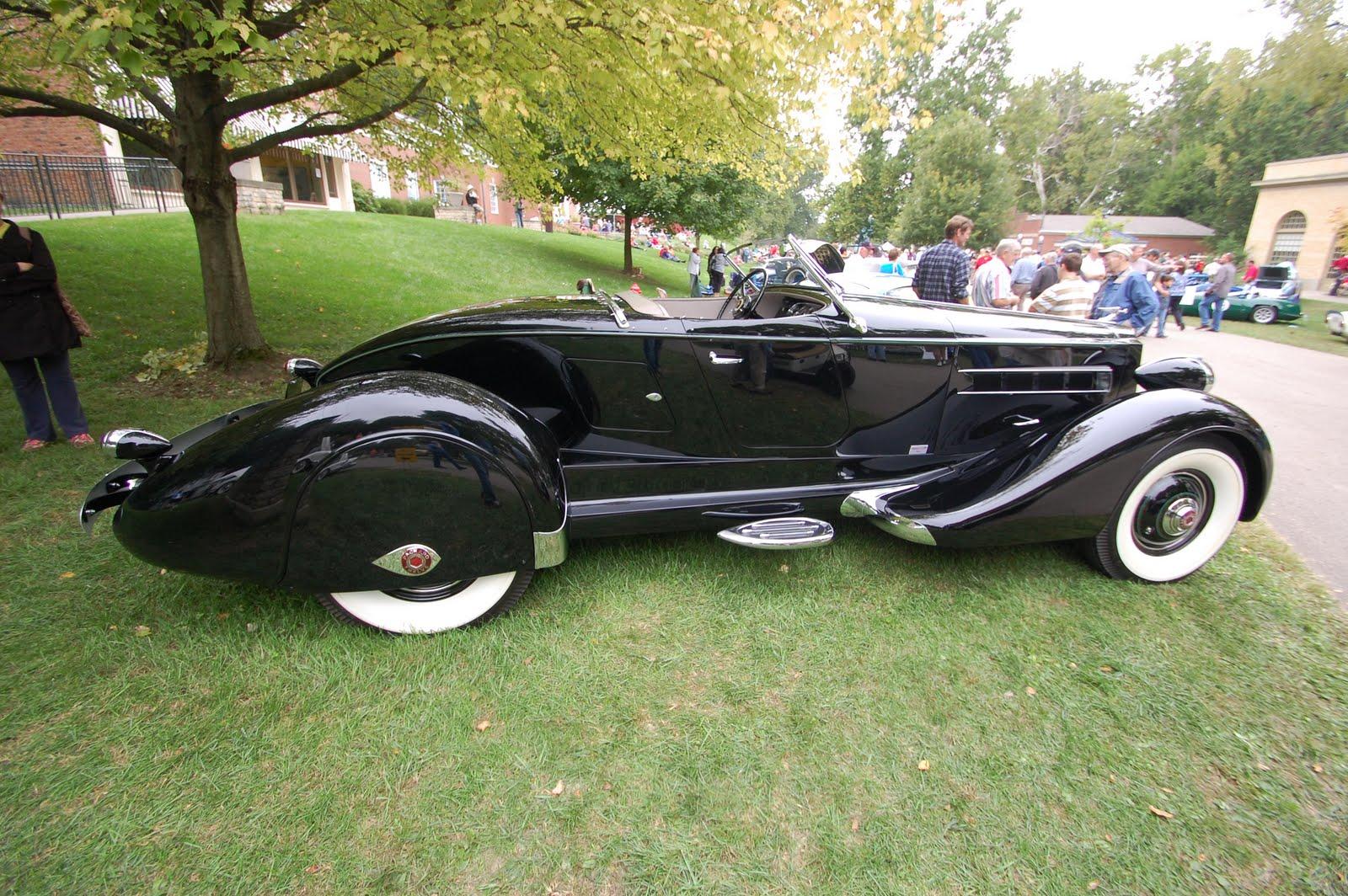 Cruella Deville Car Meets cruella deville Cruella Deville Car Disney