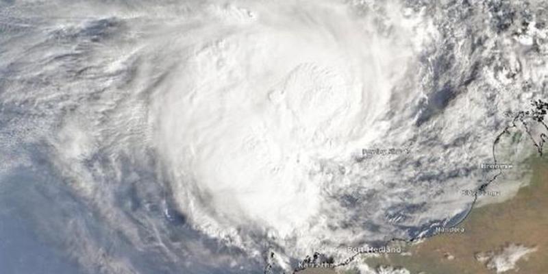 BMKG Deteksi Potensi Bibit Siklon Tropis di Samudra Hindia Selatan Jawa - Nusa Tenggara