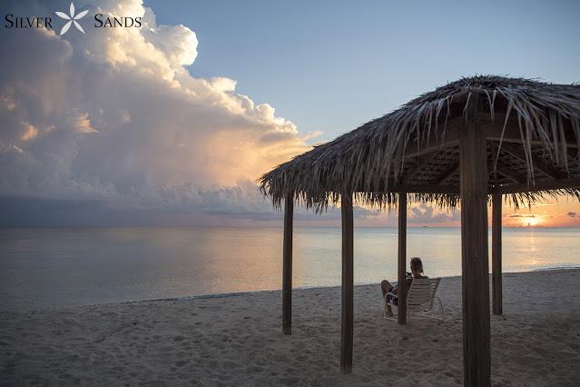 Silver Sands Condos 7-Mile Beach Accommodation Grand Cayman Cayman Islands