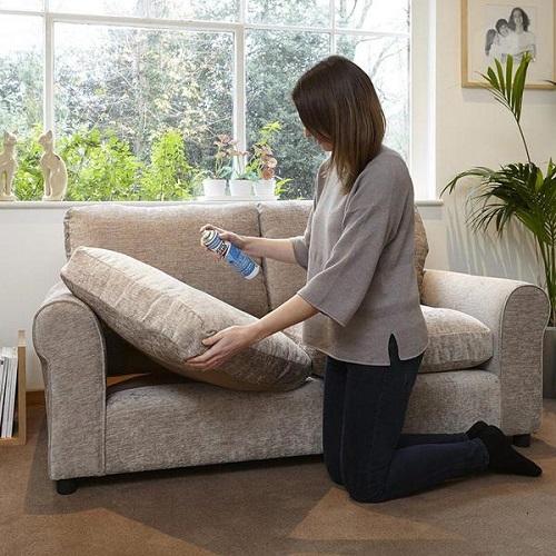Hướng dẫn cách vệ sinh làm sạch ghế sofa vải nỉ đơn giản tại nhà