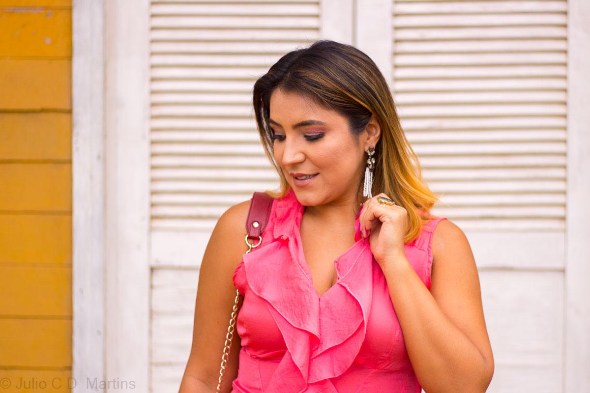 Look do dia: saia e blusa rosa com babados